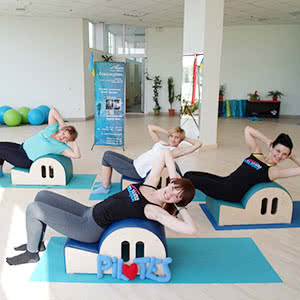 Pilates on the large equipment from «Aquamarine»