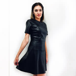 In this fall, leather dresses took significant place in the wardrobe of stylish women)