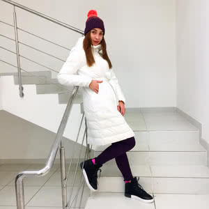 Down jacket, sports suit, sneakers, hat