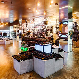 Men's clothing, footwear and accessories store «VEN»